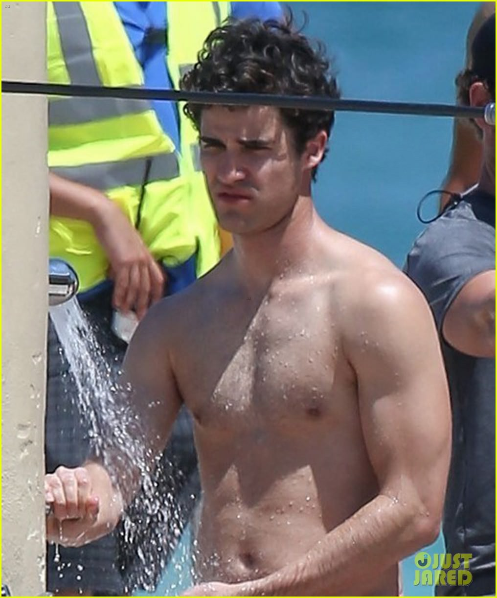 darren-criss-showers-in-a-speedo-on-set-for-versace-03