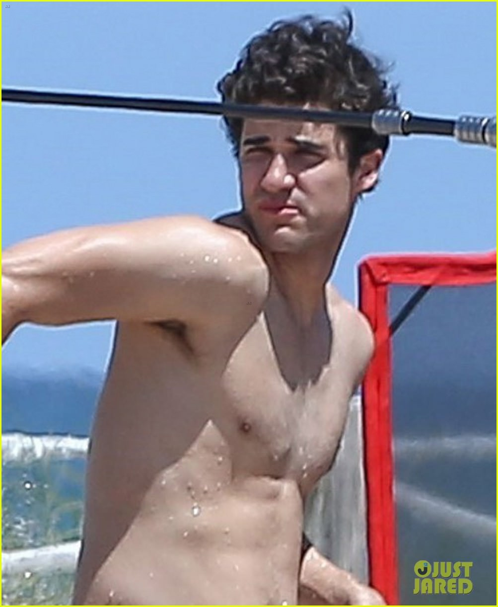 darren-criss-showers-in-a-speedo-on-set-for-versace-09